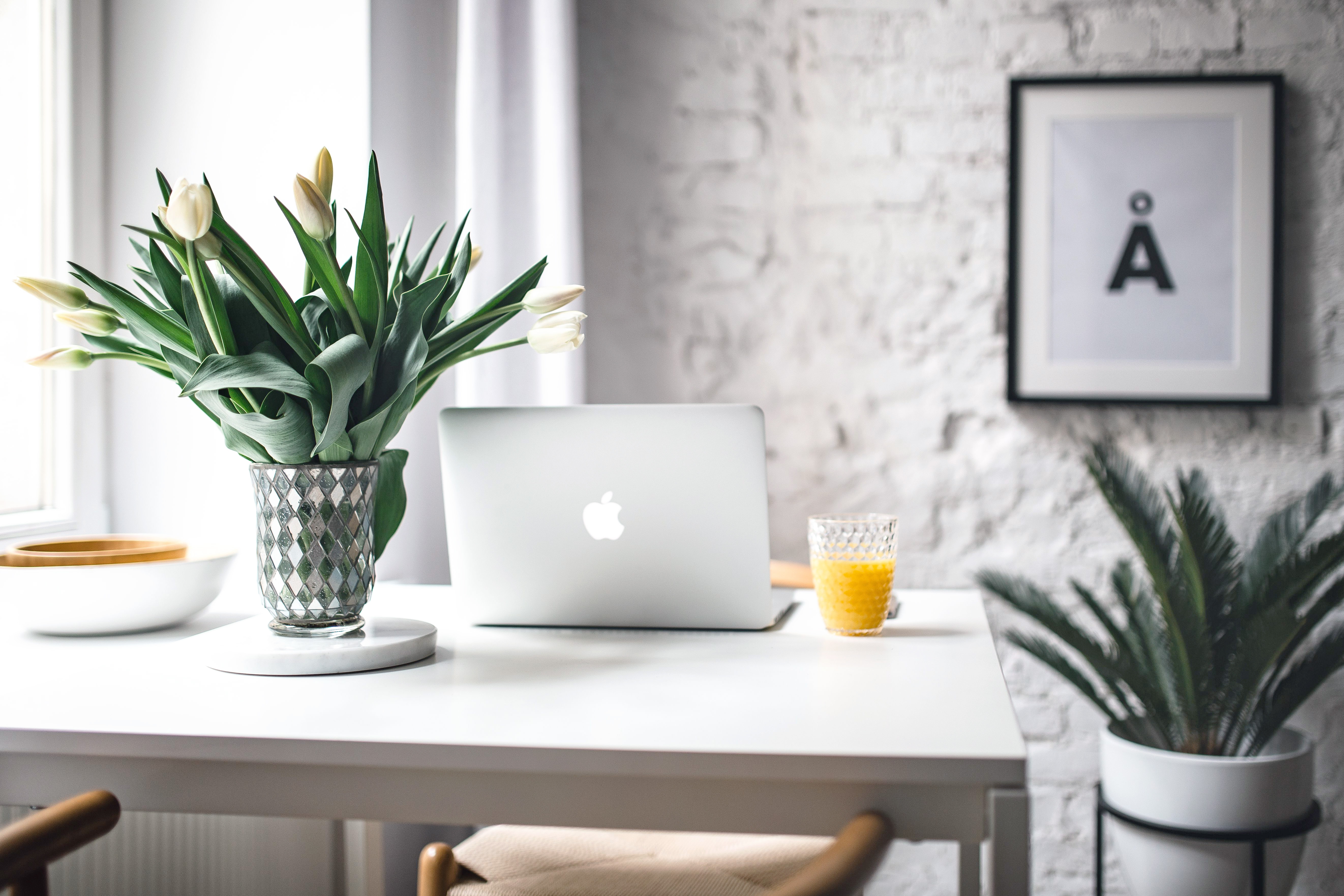 Creating an office space with desk must-haves