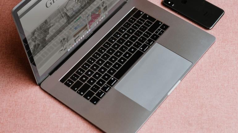 10 Crucial Blog Design Tips for Beginners